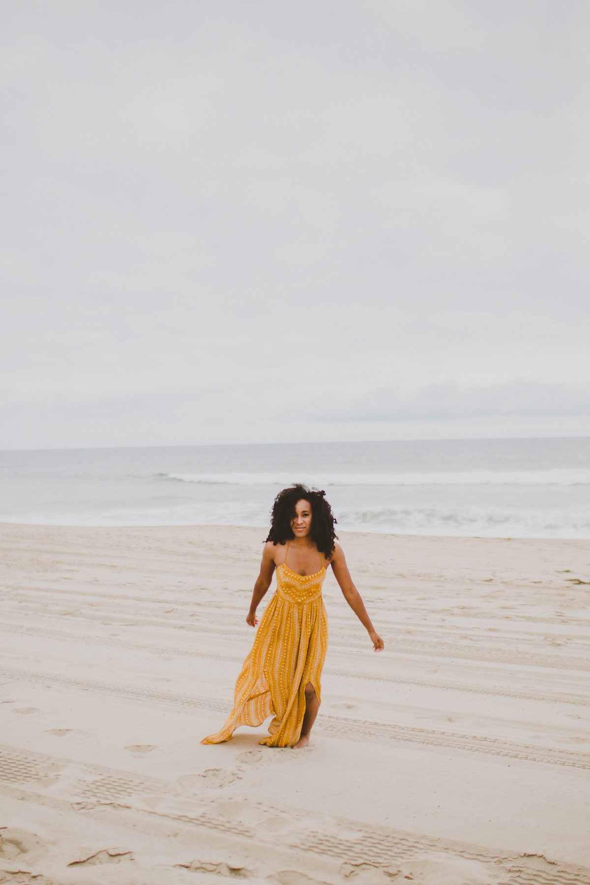manhattan-beach-yellow-maxi-birthday-shoot-kelley-raye-los-angeles-atlanta-branding-photographer-20.jpg