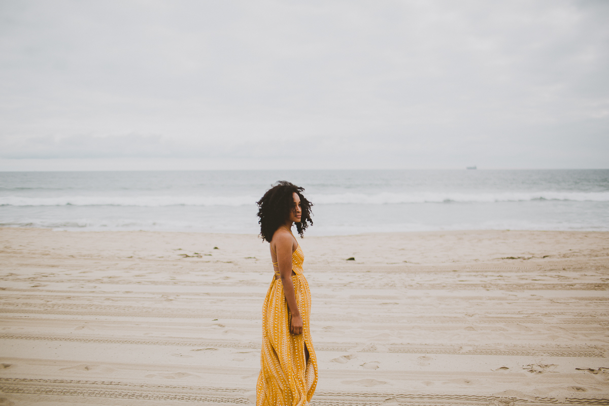 manhattan-beach-yellow-maxi-birthday-shoot-kelley-raye-los-angeles-atlanta-branding-photographer-30.jpg