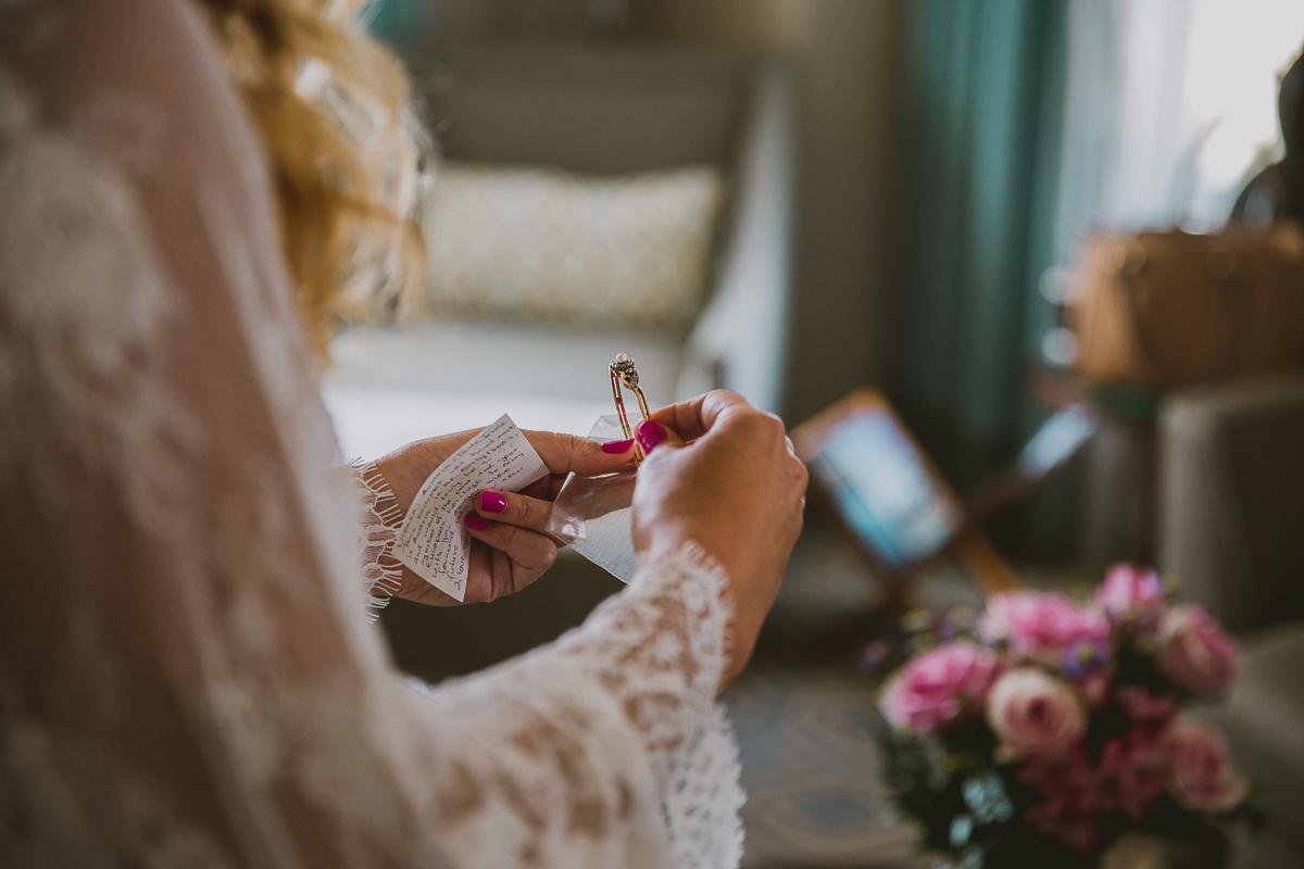 leah-jaron-adamson-house-malibu-kelley-raye-los-angeles-wedding-photographer-13.jpg