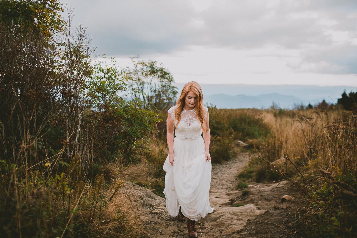 asheville-black-balsam-knob-intimate-wedding-kelley-raye-atlanta-wedding-photographer-28.jpg