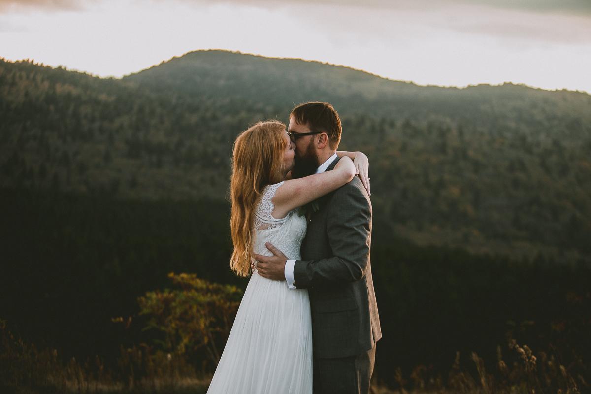 asheville-black-balsam-knob-intimate-wedding-kelley-raye-atlanta-wedding-photographer-43.jpg