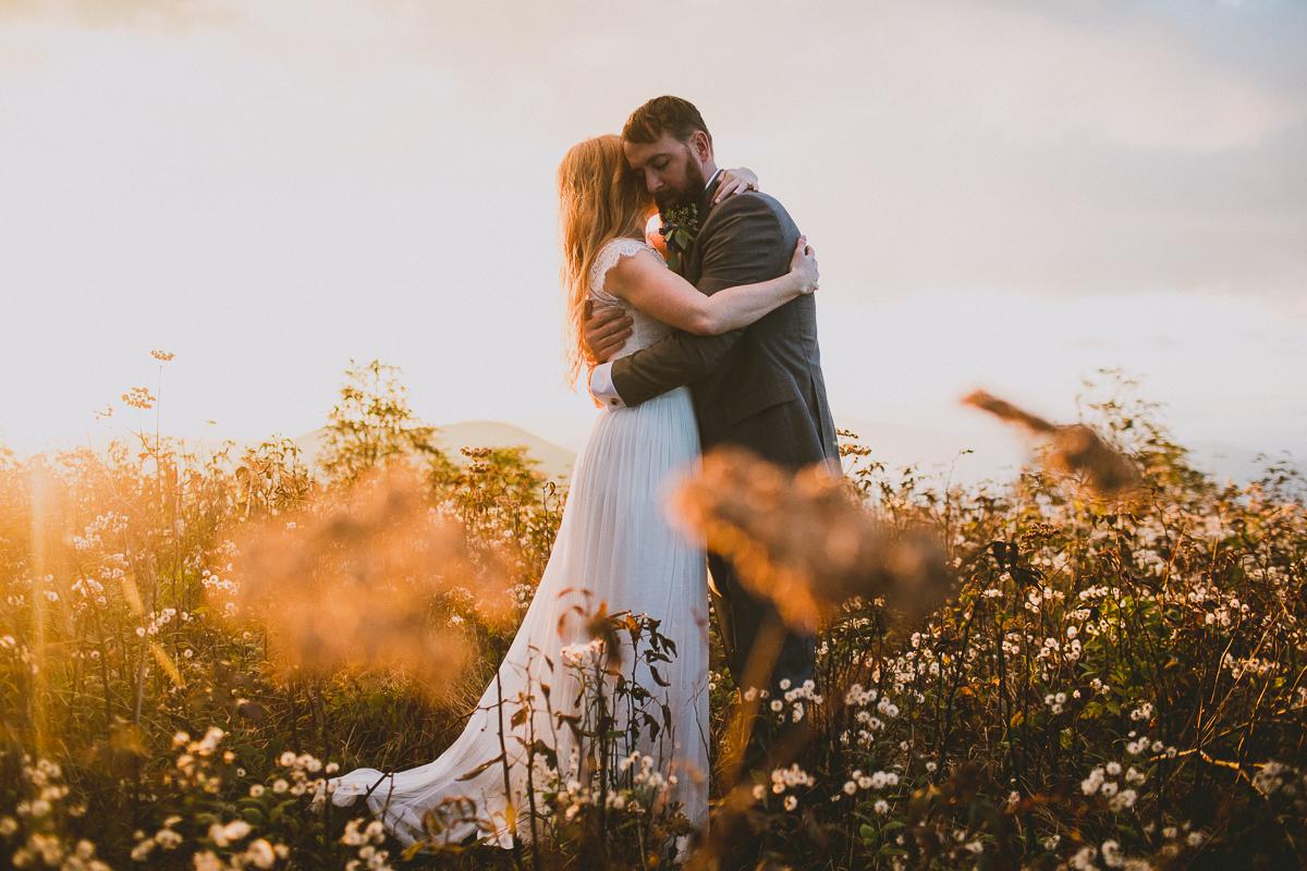 asheville-black-balsam-knob-intimate-wedding-kelley-raye-atlanta-wedding-photographer-60.jpg