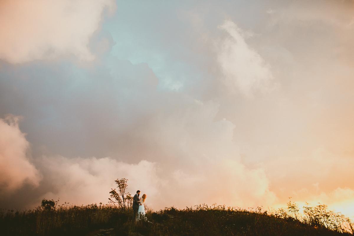 asheville-black-balsam-knob-intimate-wedding-kelley-raye-atlanta-wedding-photographer-76.jpg