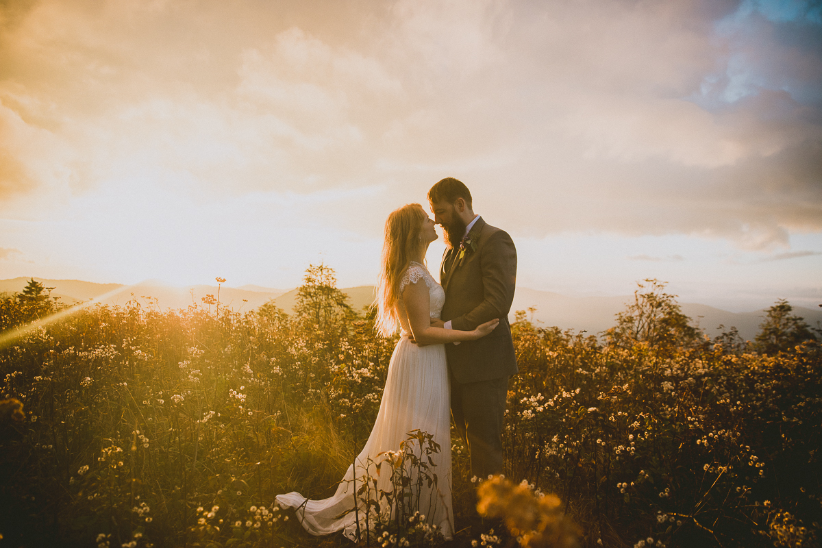 asheville-black-balsam-knob-intimate-wedding-kelley-raye-atlanta-wedding-photographer-78.jpg