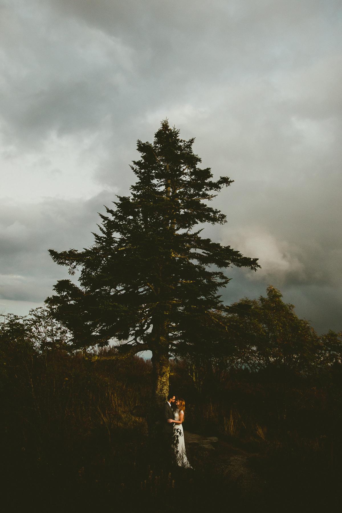 asheville-black-balsam-knob-intimate-wedding-kelley-raye-atlanta-wedding-photographer-86.jpg