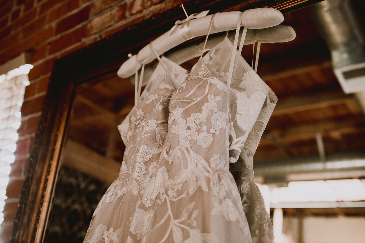 carondelet-house-kelley-raye-los-angeles-wedding-photographer-1.jpg