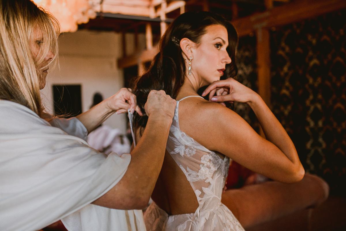 carondelet-house-kelley-raye-los-angeles-wedding-photographer-5.jpg