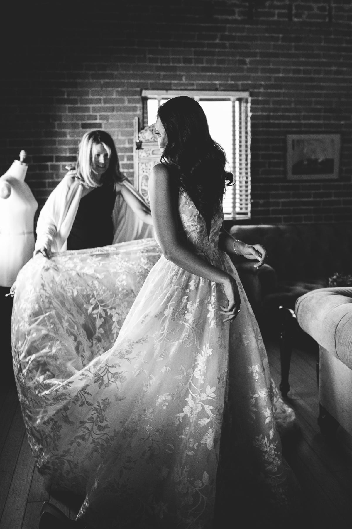 carondelet-house-kelley-raye-los-angeles-wedding-photographer-6.jpg