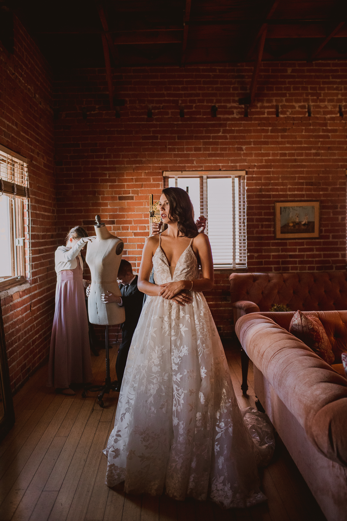 carondelet-house-kelley-raye-los-angeles-wedding-photographer-17.jpg