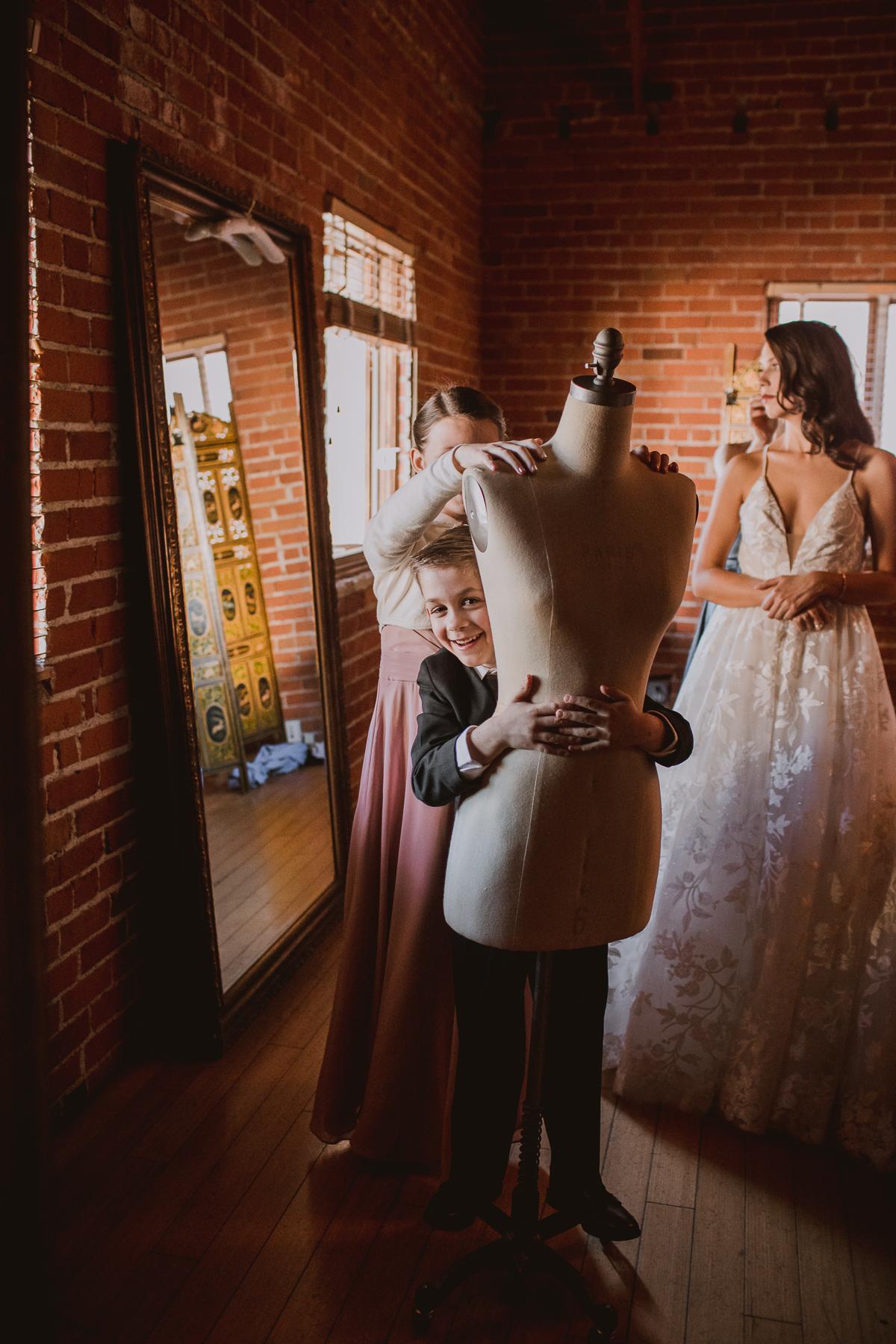 carondelet-house-kelley-raye-los-angeles-wedding-photographer-18.jpg