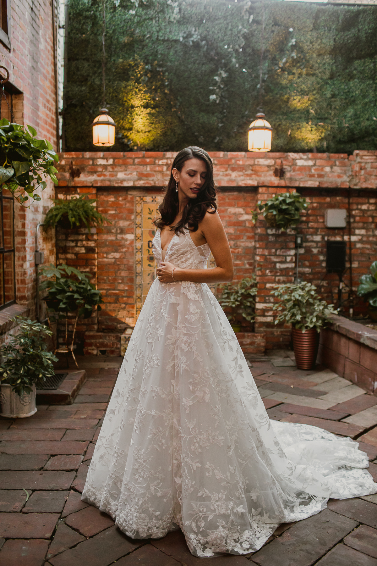 carondelet-house-kelley-raye-los-angeles-wedding-photographer-40.jpg