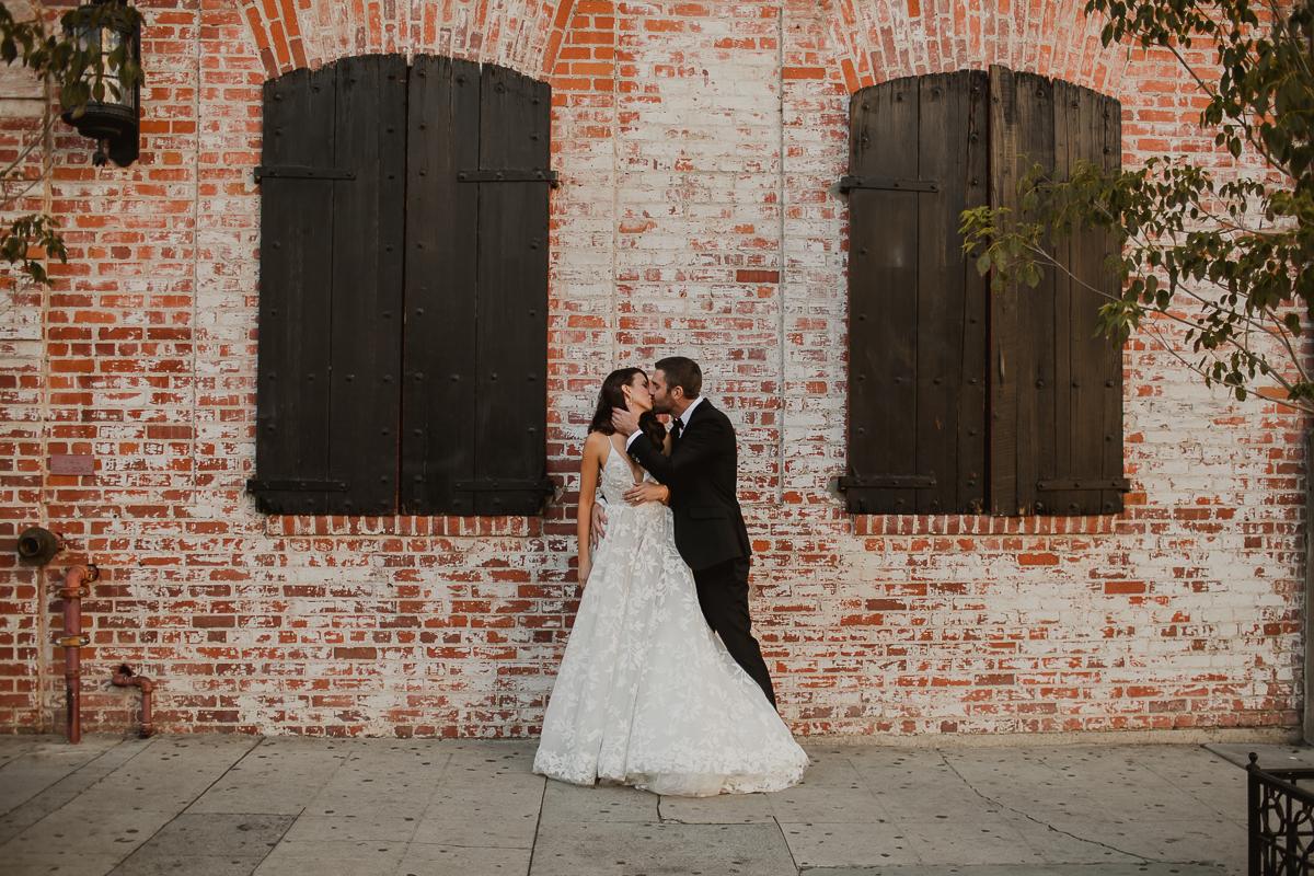 carondelet-house-kelley-raye-los-angeles-wedding-photographer-51.jpg