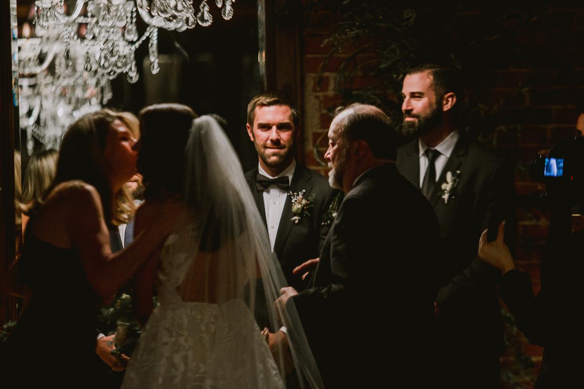 carondelet-house-kelley-raye-los-angeles-wedding-photographer-101.jpg