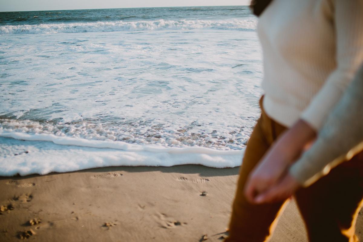malibu-carbon-beach-engagement-session-kelley-raye-los-angeles-lifestyle-photographer-28.jpg