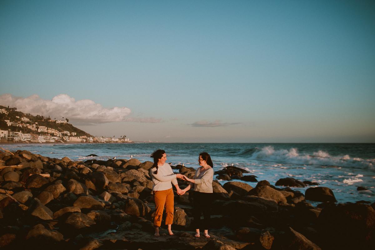 malibu-carbon-beach-engagement-session-kelley-raye-los-angeles-lifestyle-photographer-63.jpg