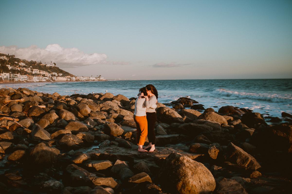malibu-carbon-beach-engagement-session-kelley-raye-los-angeles-lifestyle-photographer-66.jpg