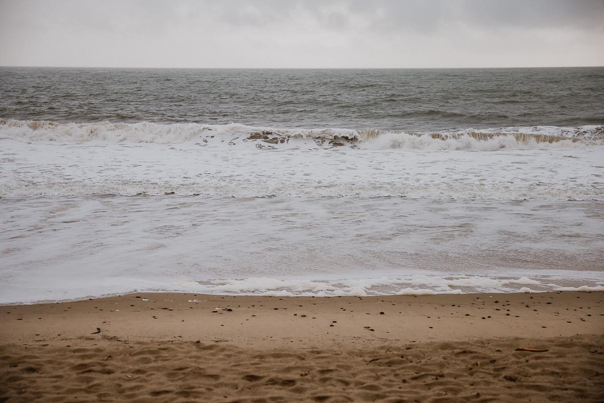 malibu-carbon-beach-surprise-proposal-kelley-raye-los-angeles-lifestyle-photographer-1.jpg
