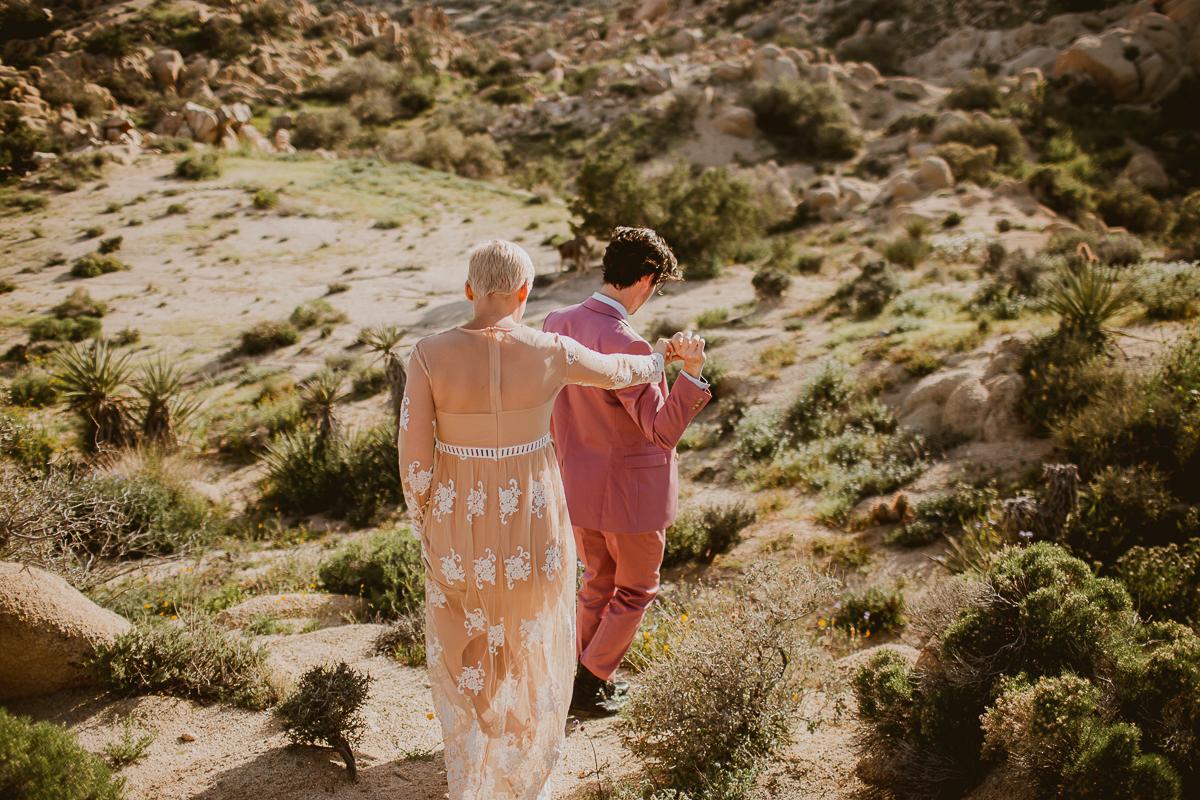 joshua-tree-national-park-engagement-kelley-raye-los-angeles-wedding-photographer-11.jpg