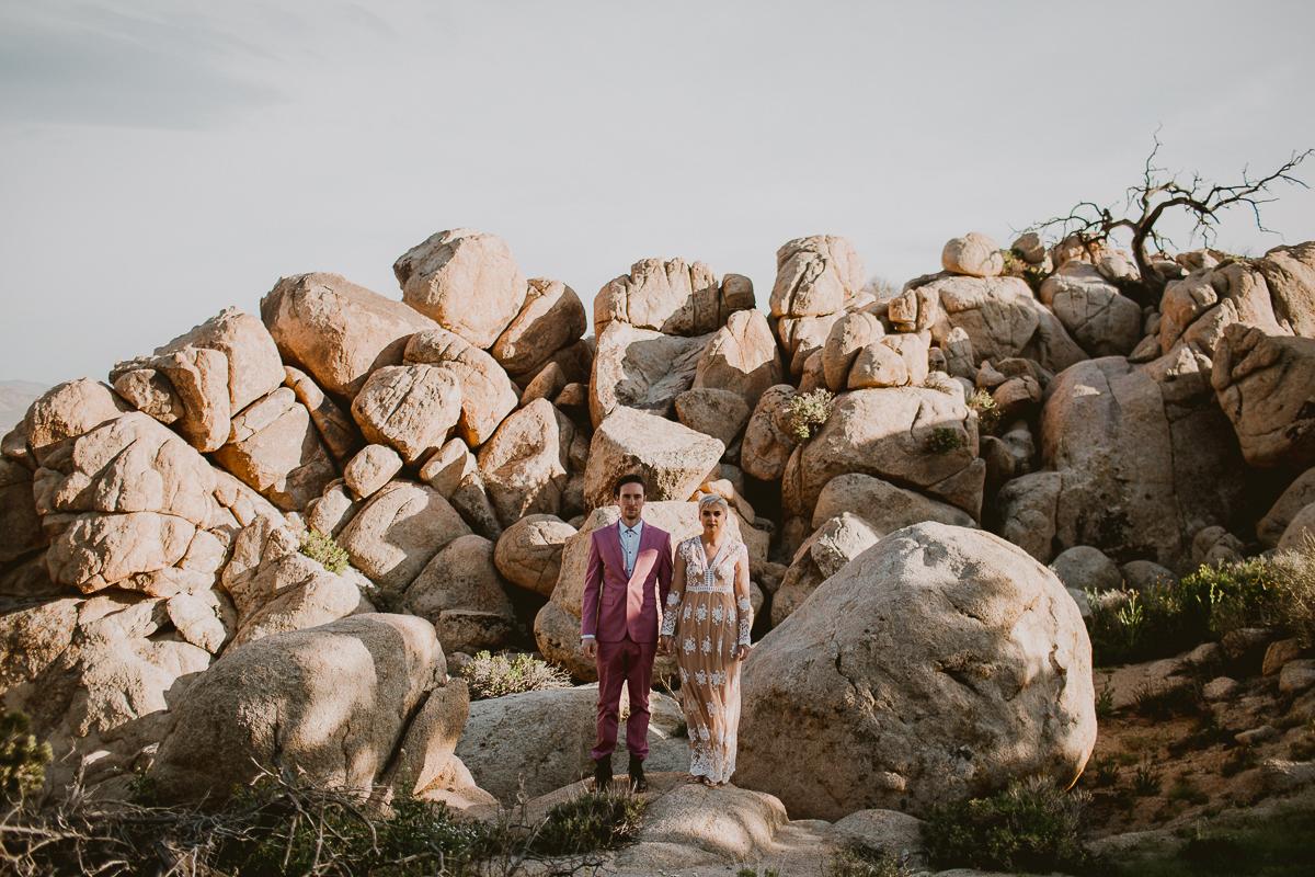 joshua-tree-national-park-engagement-kelley-raye-los-angeles-wedding-photographer-56.jpg