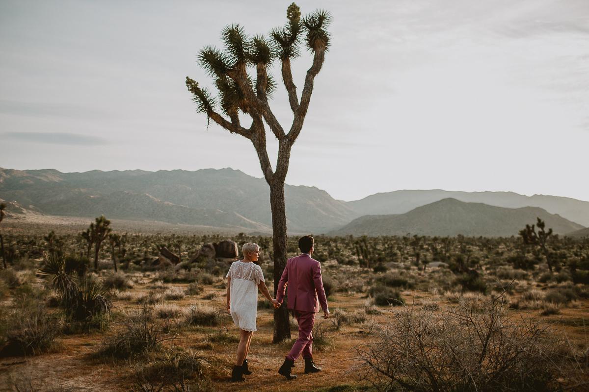 joshua-tree-national-park-engagement-kelley-raye-los-angeles-wedding-photographer-65.jpg