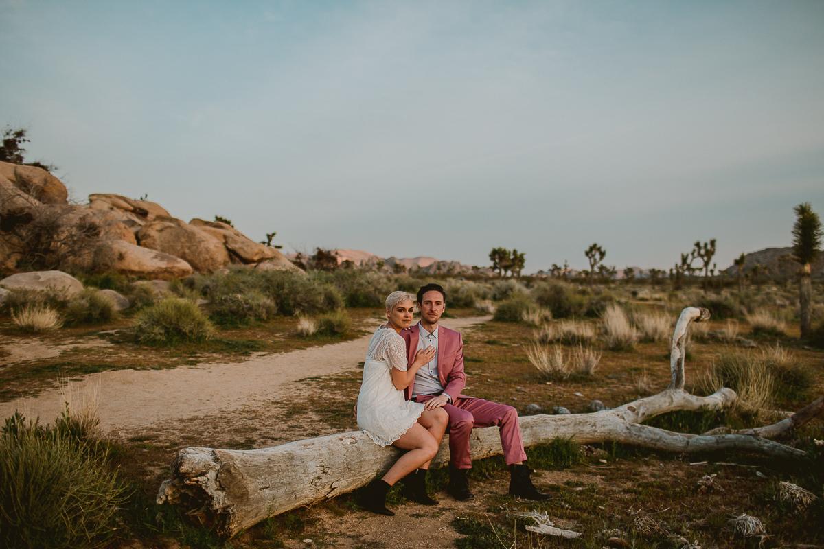 joshua-tree-national-park-engagement-kelley-raye-los-angeles-wedding-photographer-110.jpg