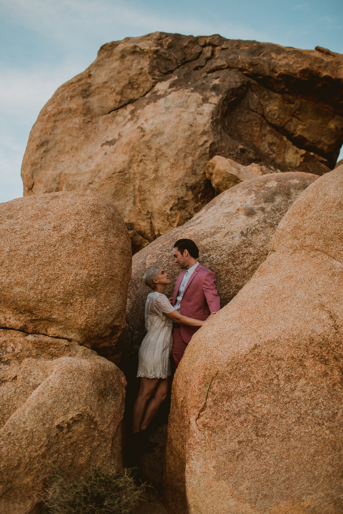 joshua-tree-national-park-engagement-kelley-raye-los-angeles-wedding-photographer-118.jpg