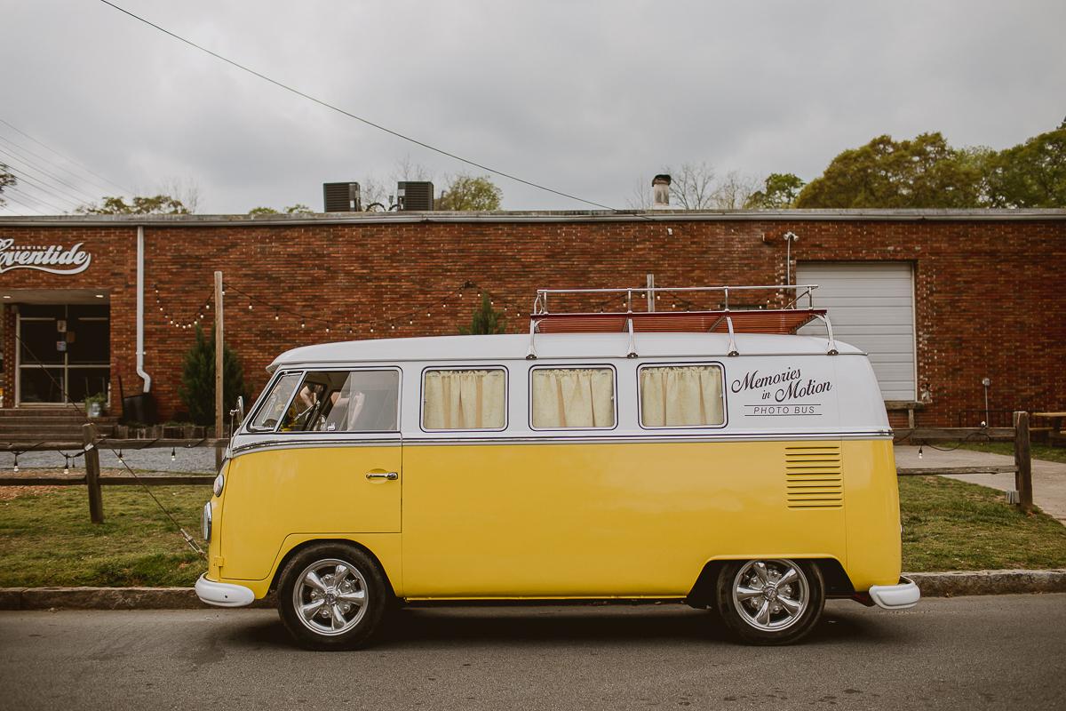 eventide-brewery-indian-american-fusion-kelley-raye-atlanta-los-angeles-wedding-photographer-2.jpg