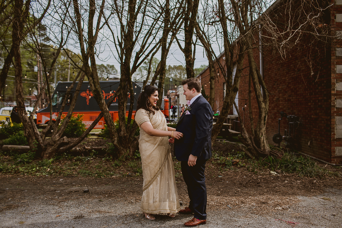 eventide-brewery-indian-american-fusion-kelley-raye-atlanta-los-angeles-wedding-photographer-10.jpg