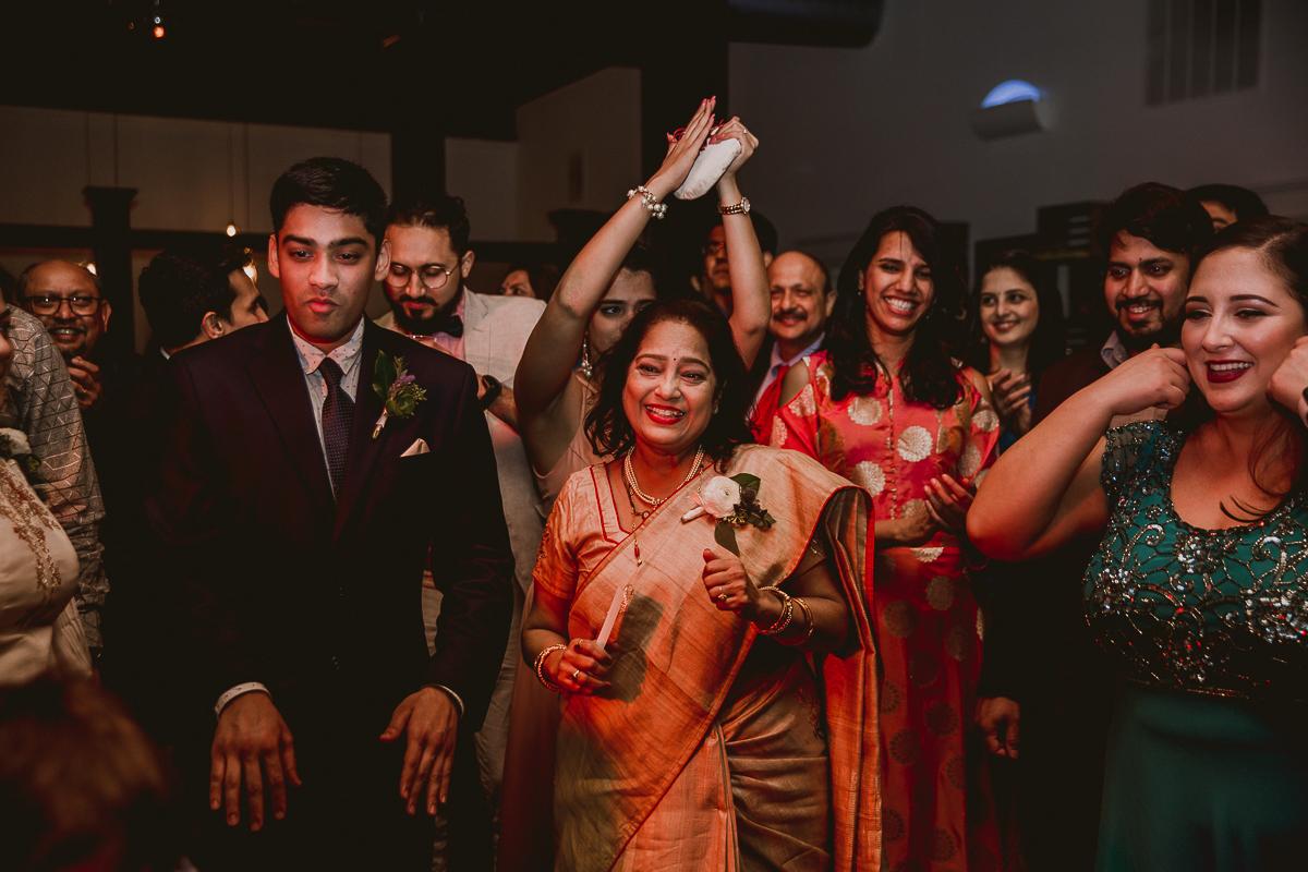 eventide-brewery-indian-american-fusion-kelley-raye-atlanta-los-angeles-wedding-photographer-122.jpg