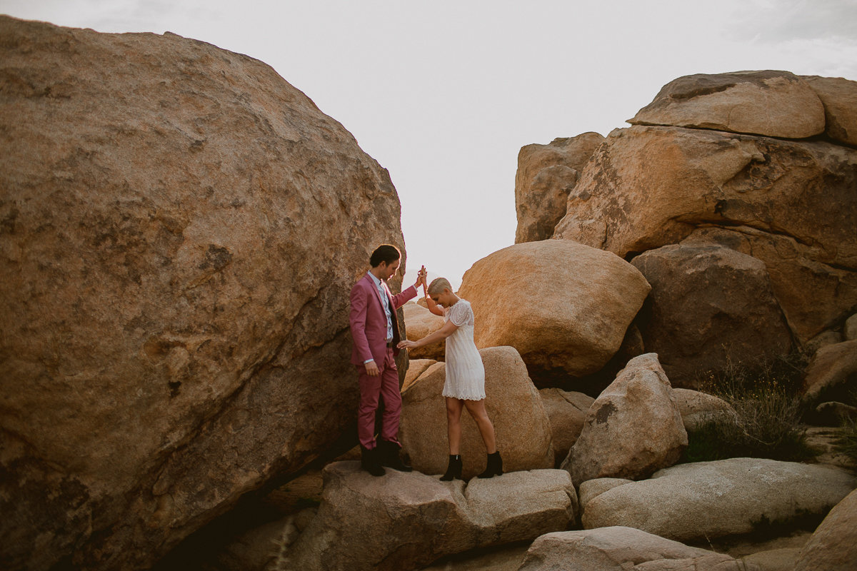 dorothy & markjoshua tree engagement session -