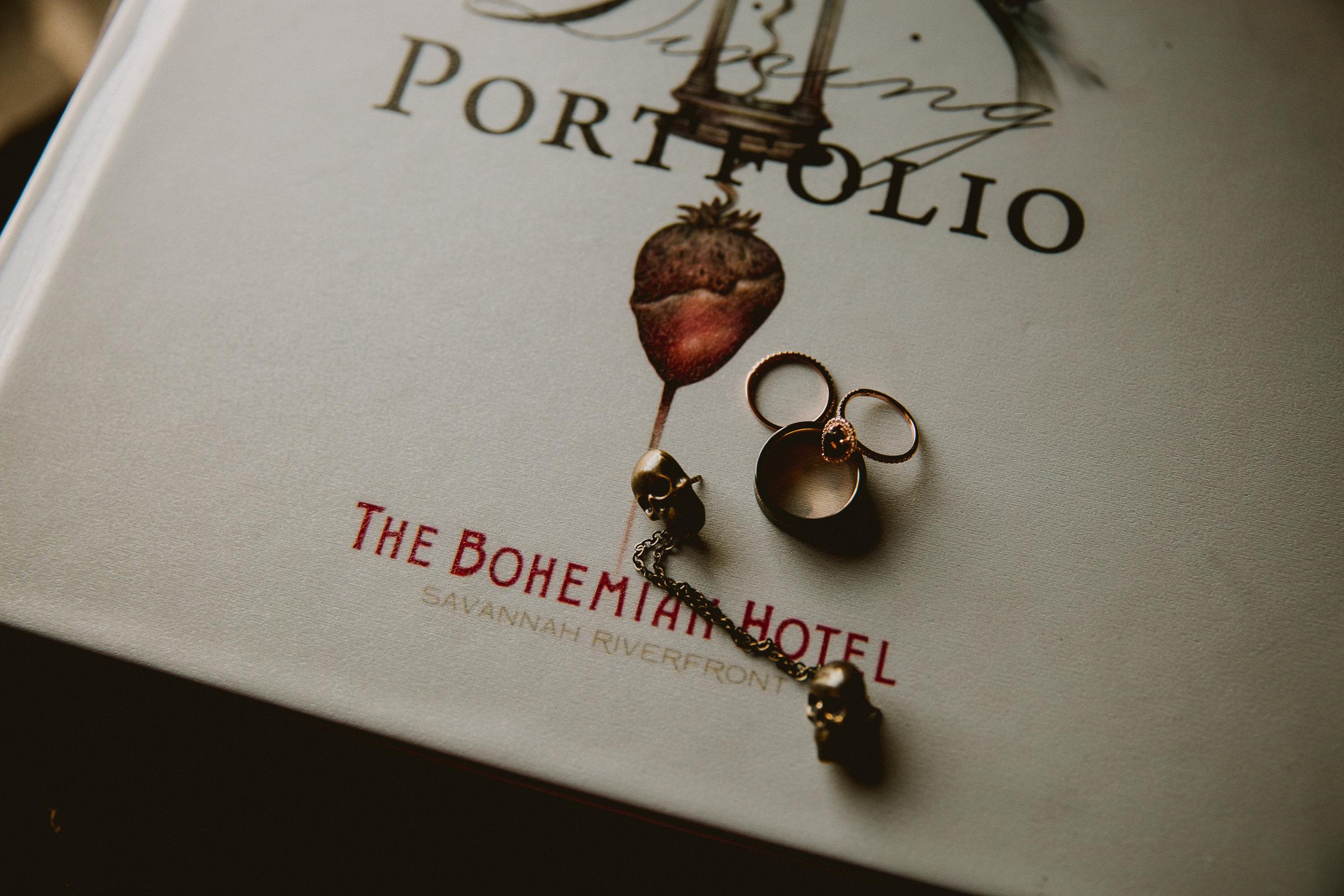 bohemian-hotel-savannah-elopement-kelley-raye-atlanta-wedding-photographer-8.jpg