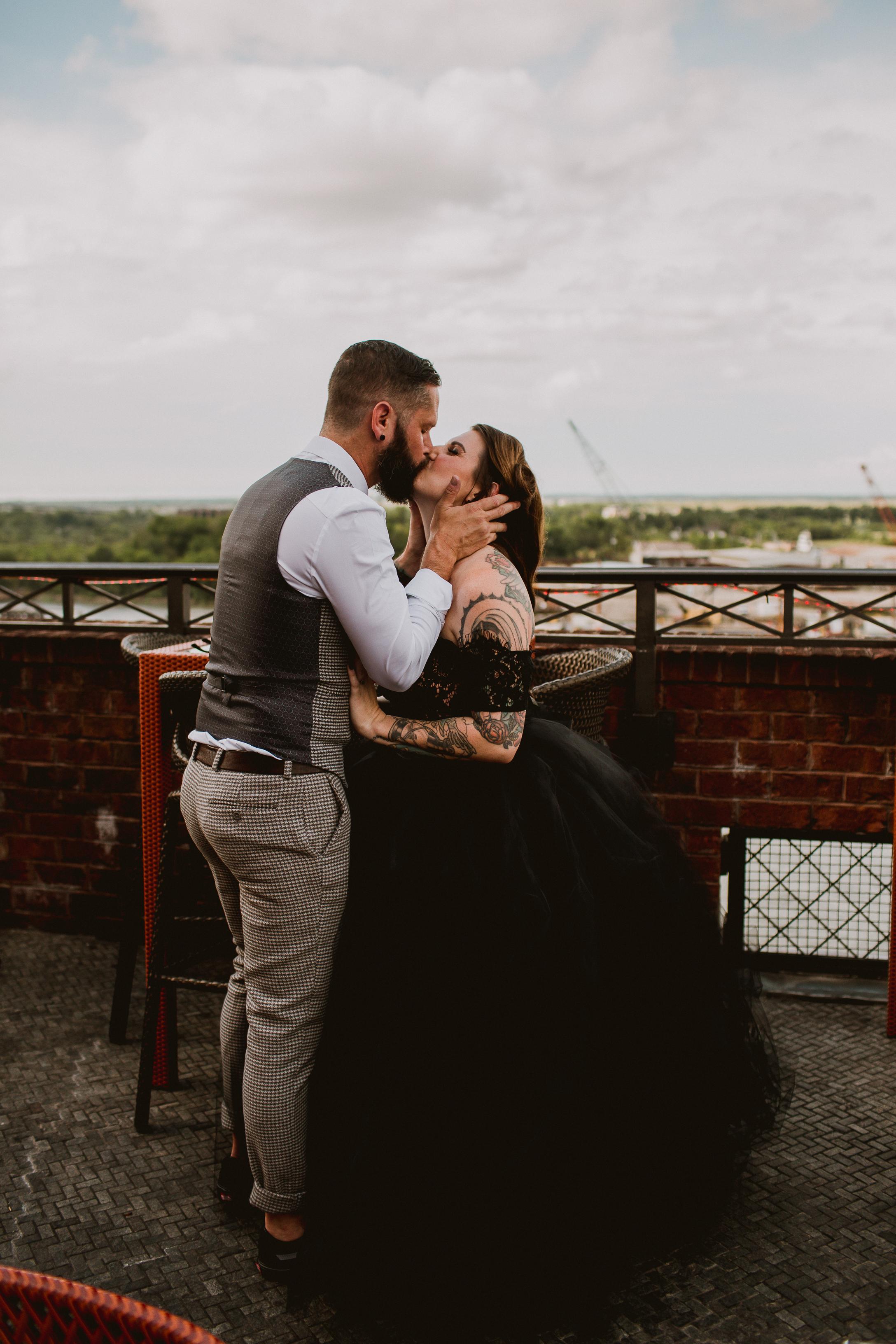 bohemian-hotel-savannah-elopement-kelley-raye-atlanta-wedding-photographer-50.jpg