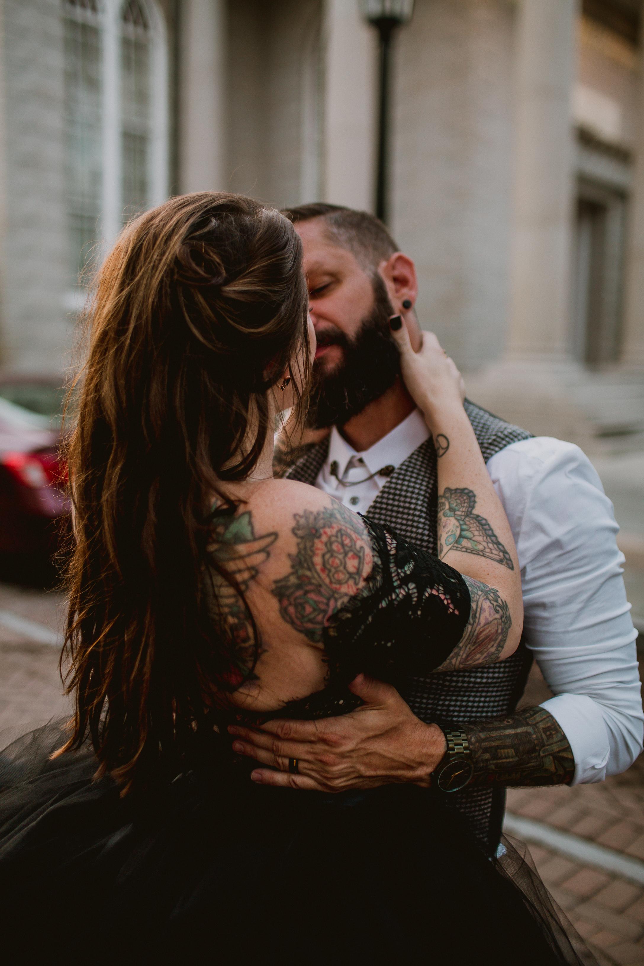 bohemian-hotel-savannah-elopement-kelley-raye-atlanta-wedding-photographer-172.jpg