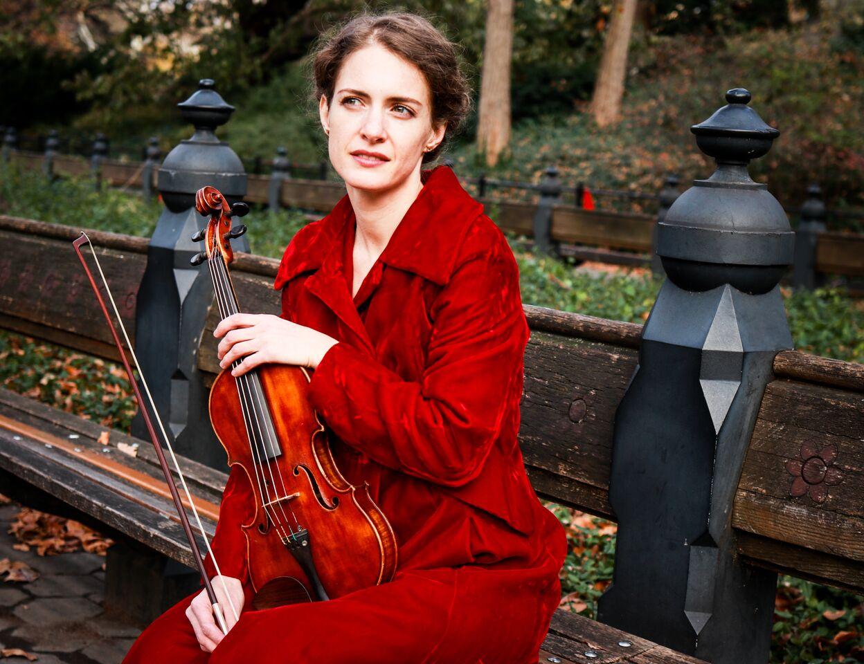 Mélanie Clapiès, violin