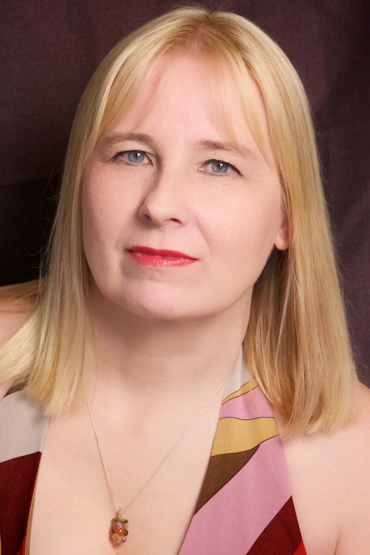 Anna Samborska, reader