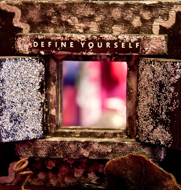 Define yourself  em  _1734.jpg