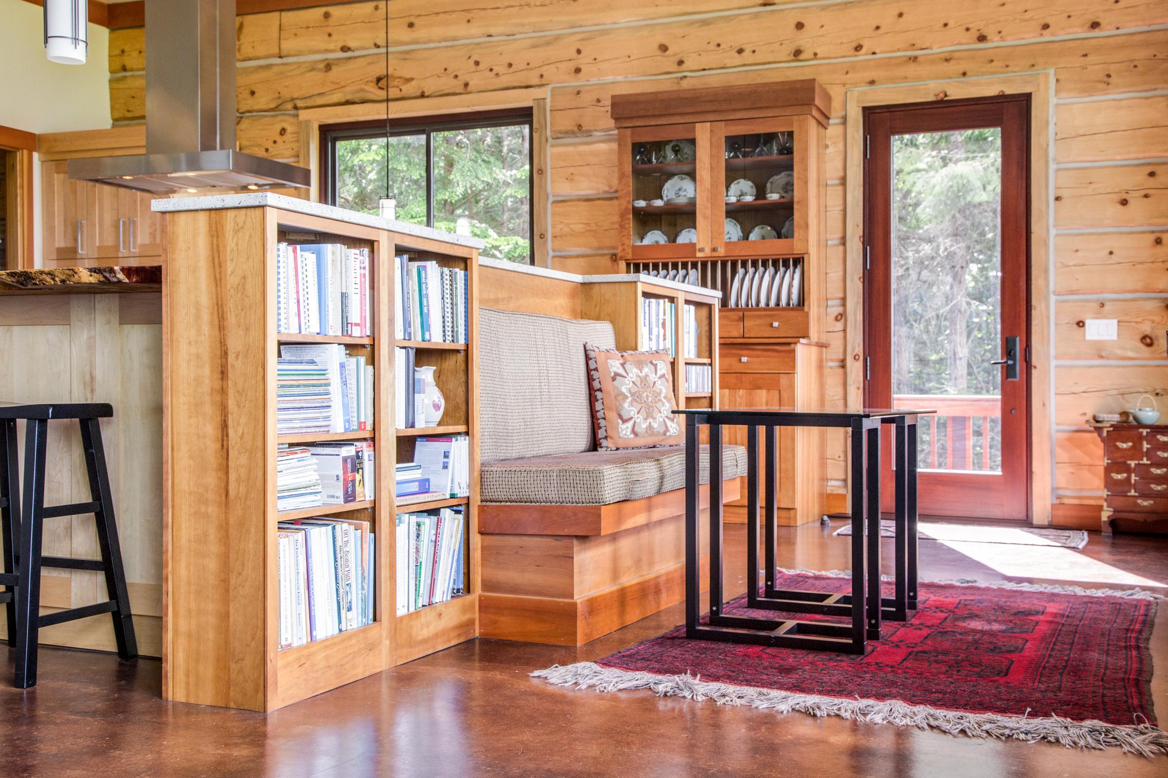 Bookshelf (small).jpg