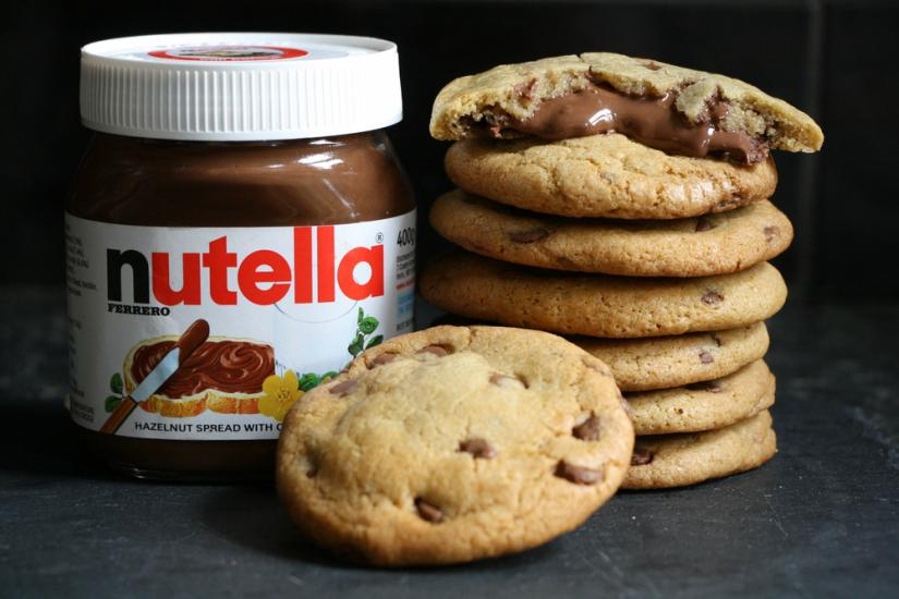 Nutella+Stuffed+Chocolate+Chip+Cookies 3.jpg