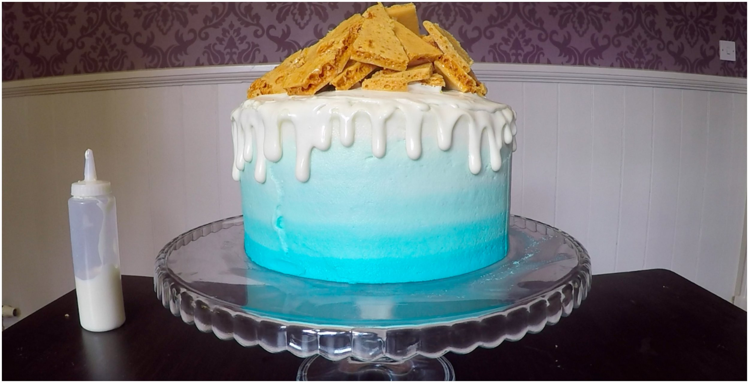Earl Grey and Honey Ombre Drip Cake
