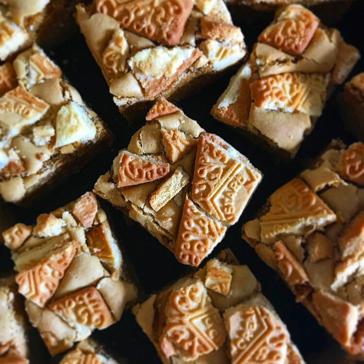 Custard Cream Blondies