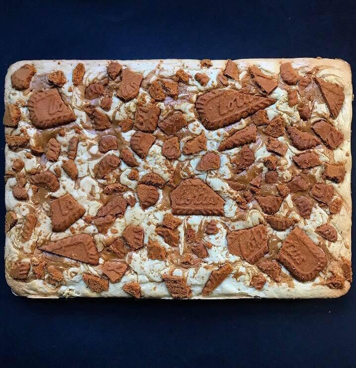 Lotus Biscoff Biscuits Blondies