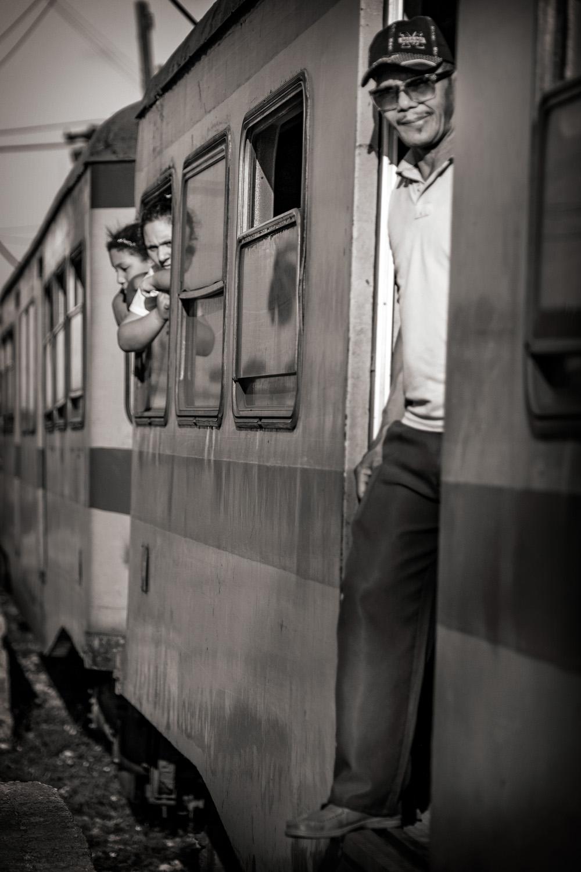 21 ••BW Train_DSF5478.jpg