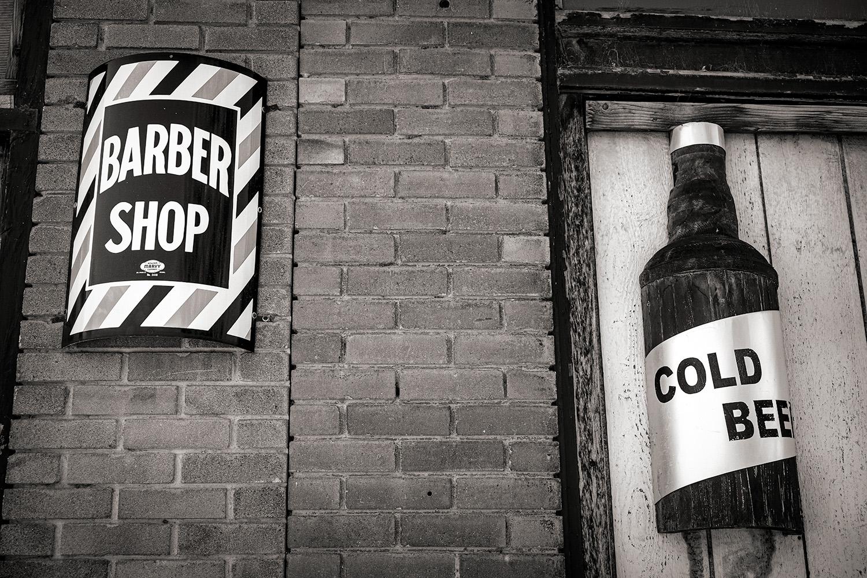 ••BW Barber + Beer DSF9904.jpg