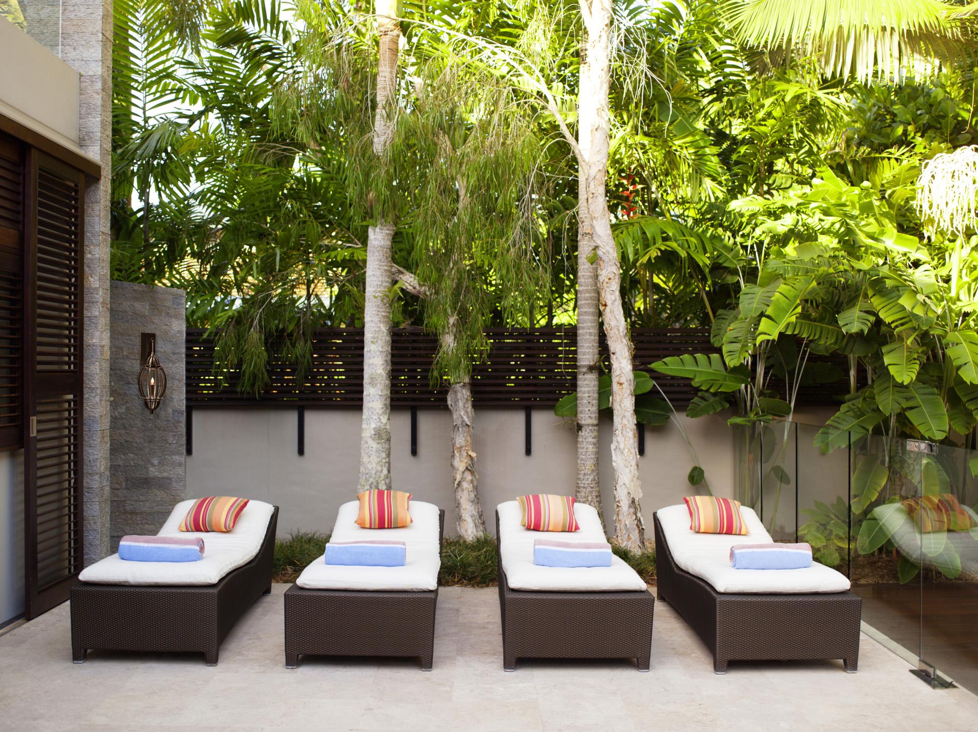 Marrakesh Sconce_spa patio