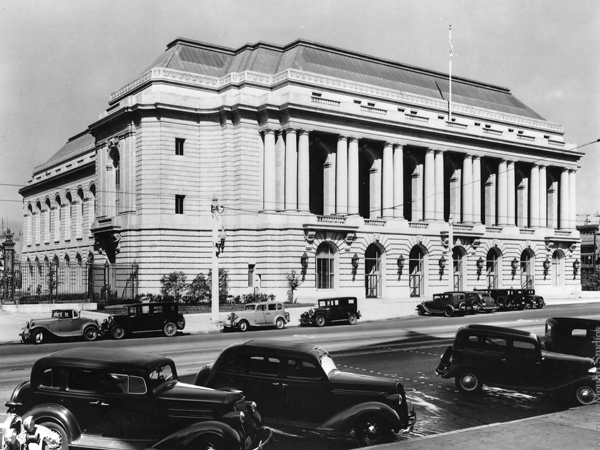 San Francisco War Memorial Opera House. Photo:Hisashi Sugaya. Source:  Carey & Co.