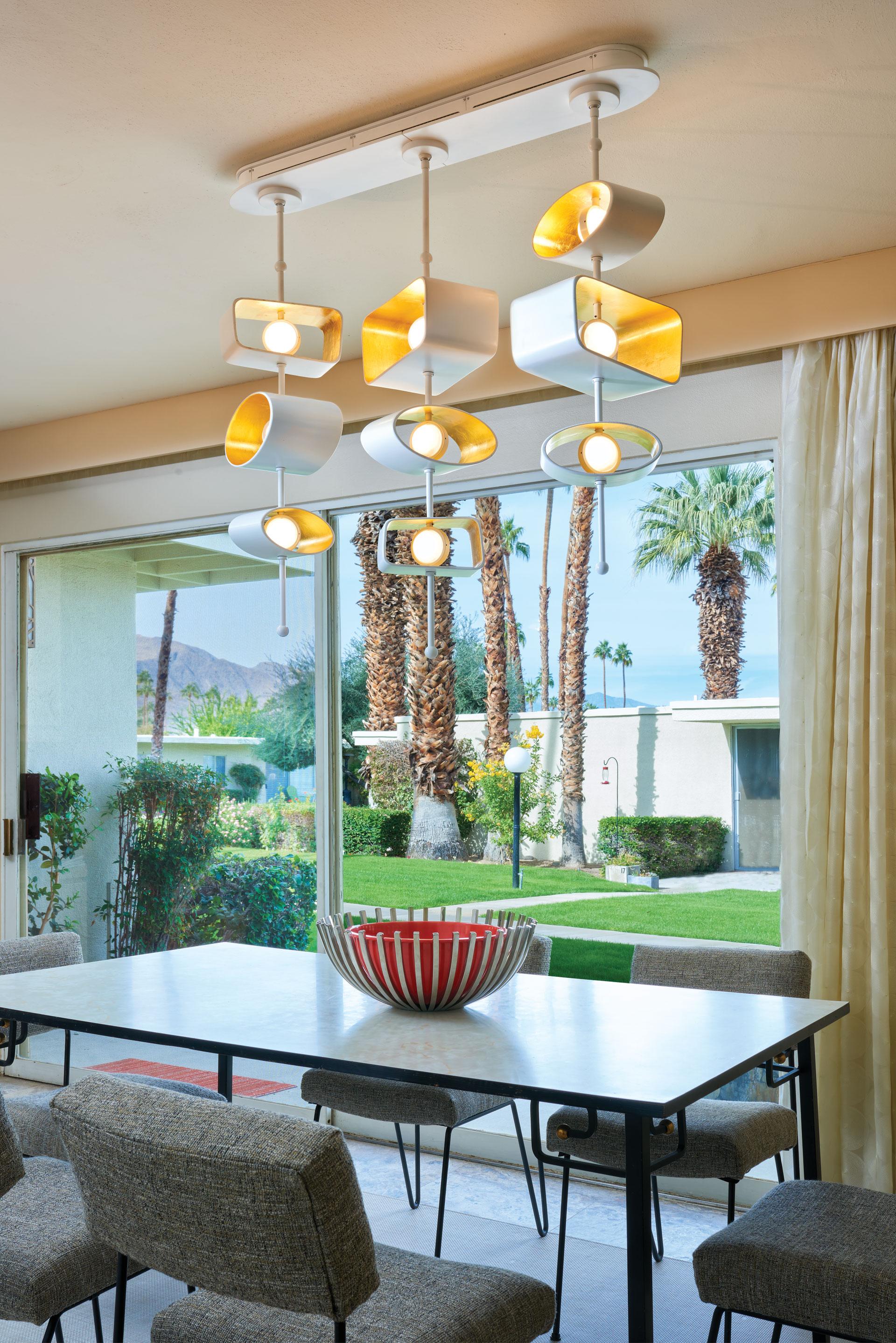 Totem Linear Pendant_Boyd Lighting_Palm Springs dining room