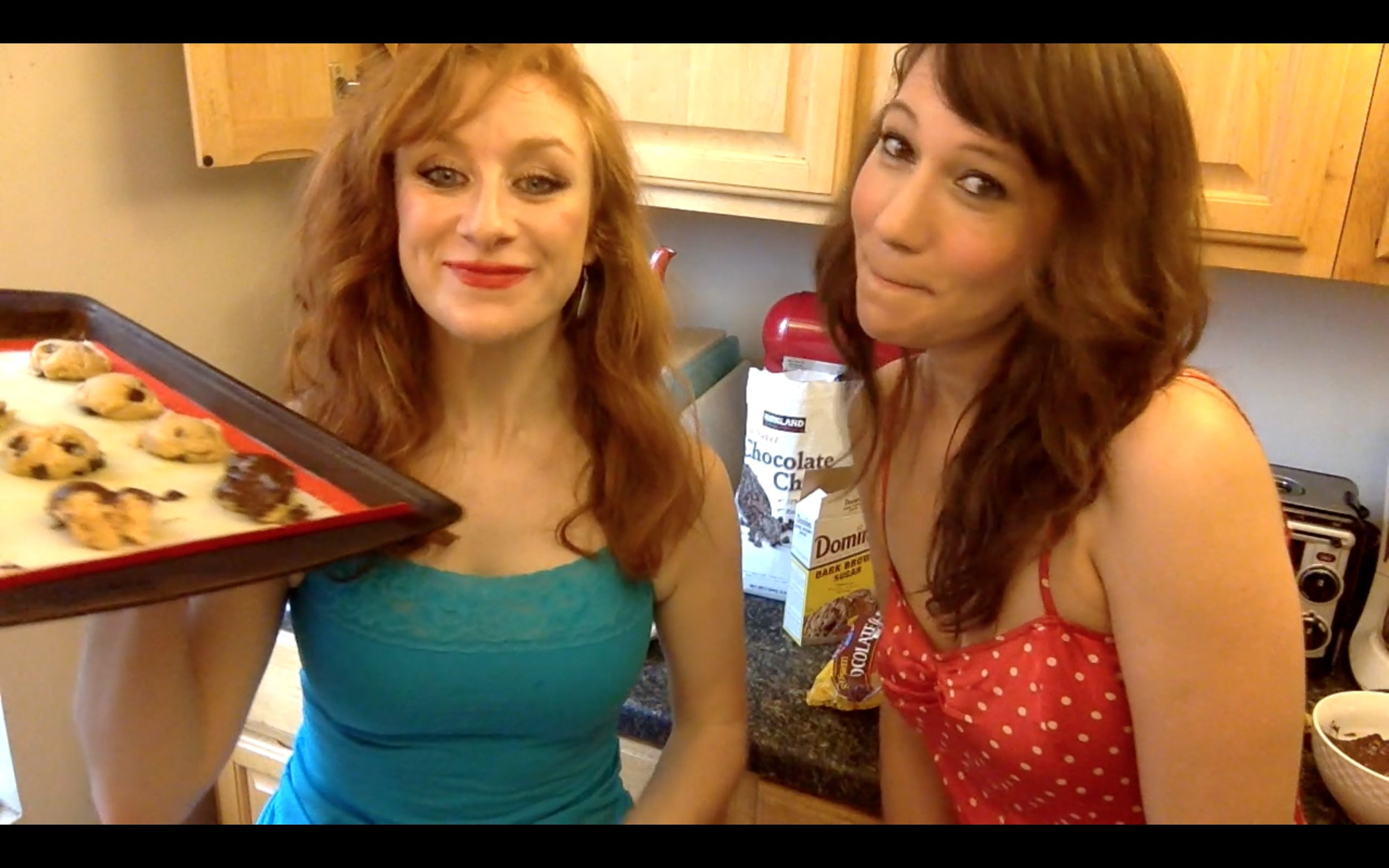 daliya (left) went on to host a cooking show on youtube.com.