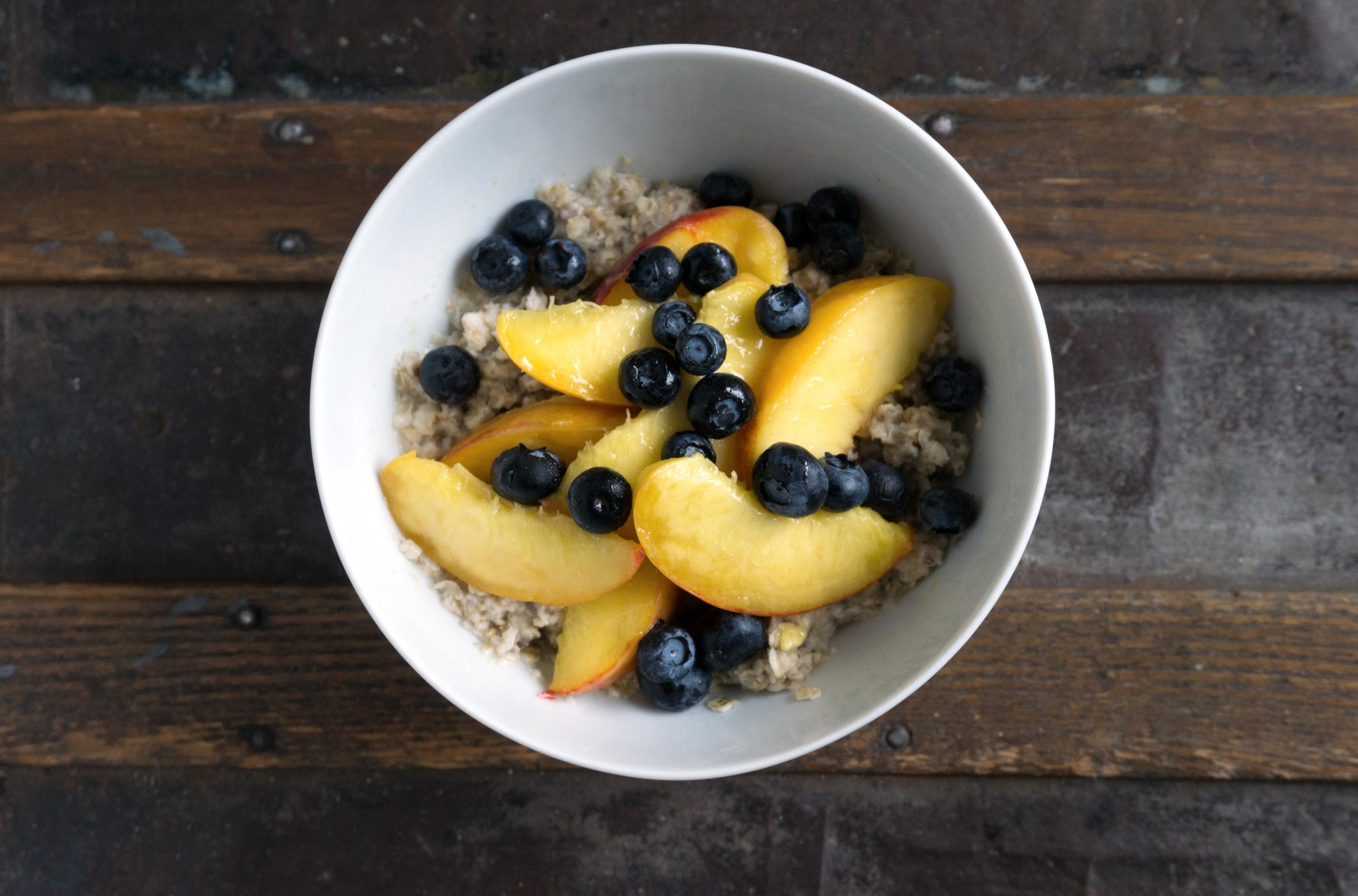 Peach Blueberry Cobbler Oatmeal