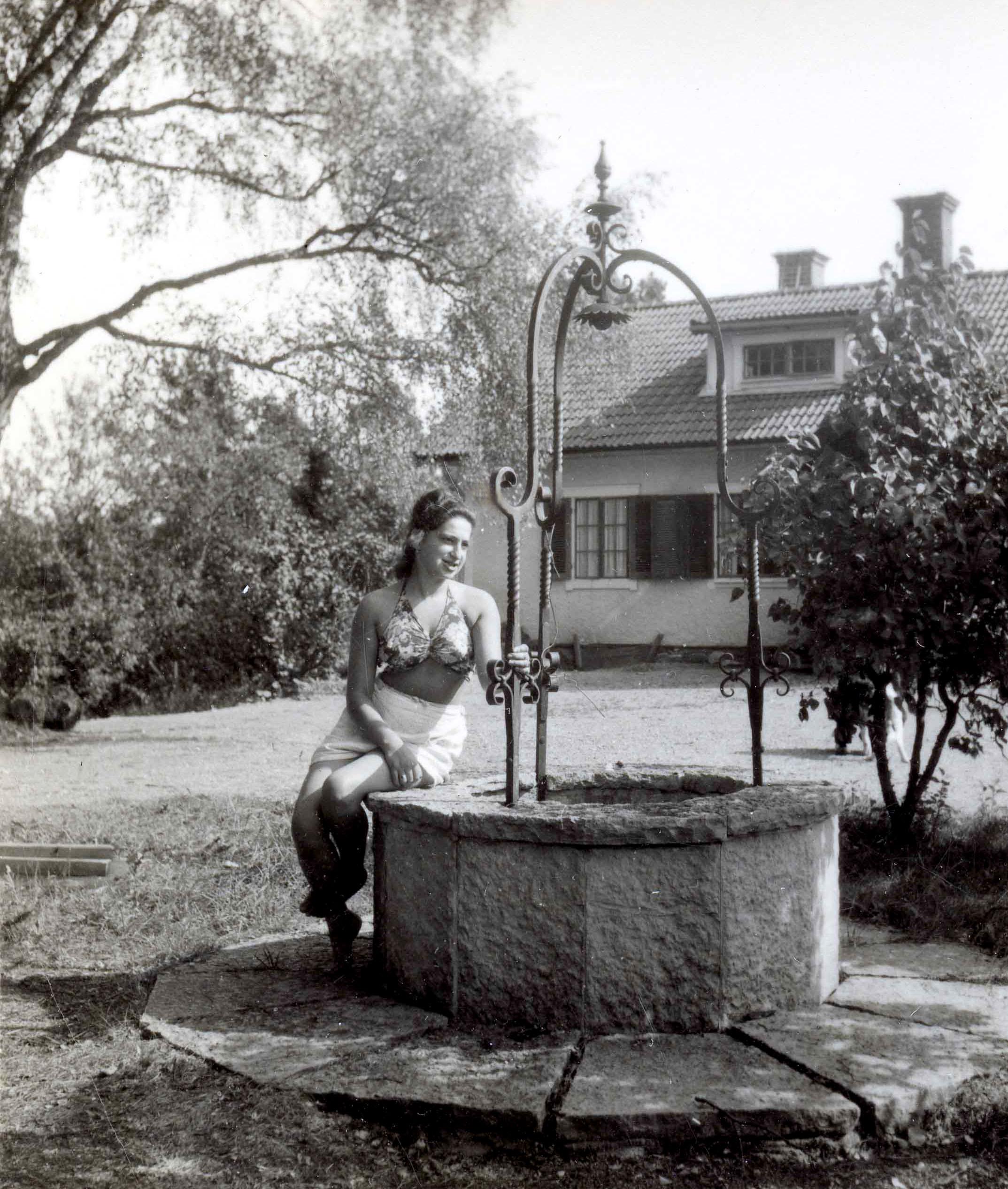 Hana by Jensine & Arne's home in 1941.