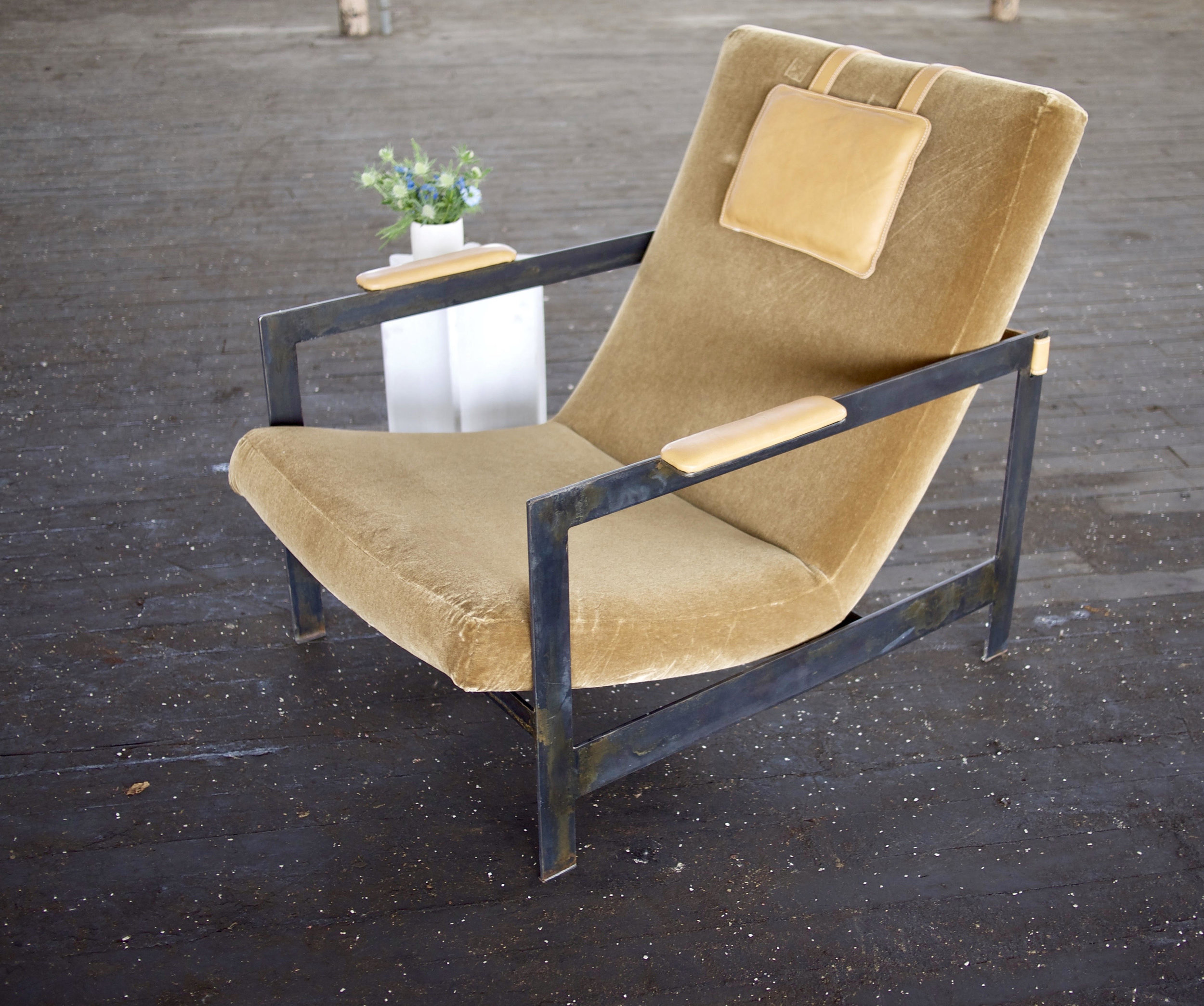 Linix Chair  Steel frame, COM